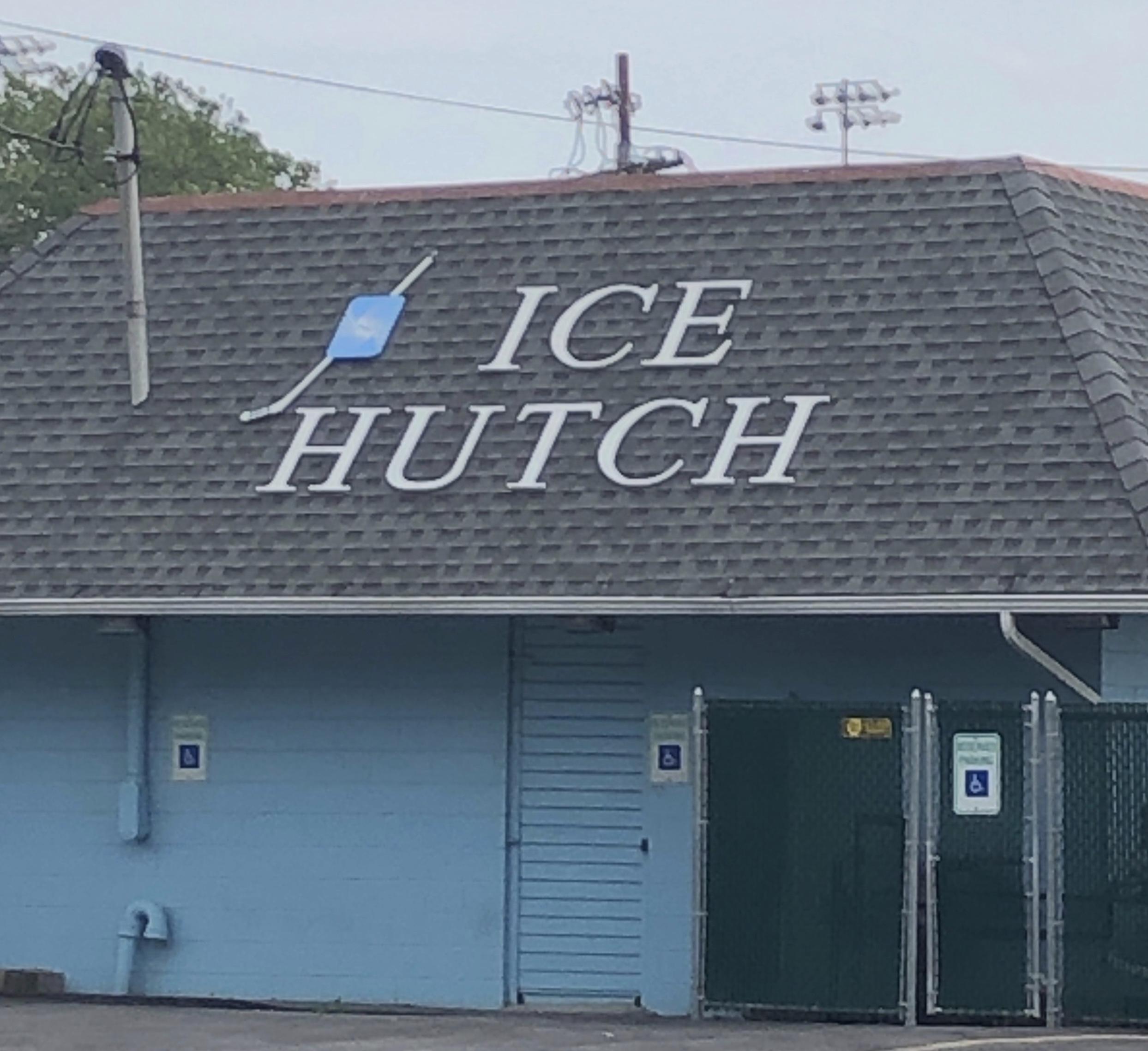 icehutch1.jpg