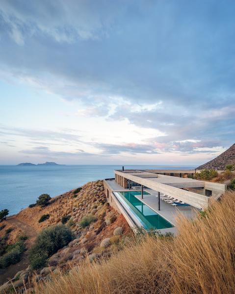 Greece3_600.jpg