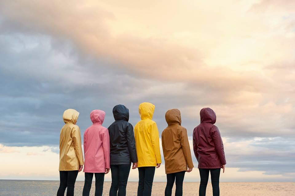 PETIT BATEAU - ikonični dežni plašč