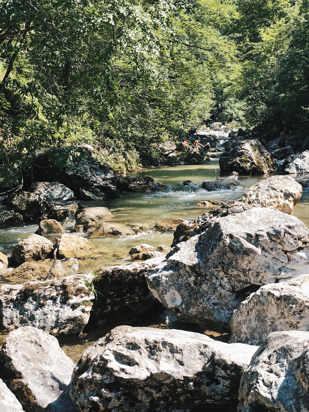ohranimo-naravo-čisto-in-neokrnjeno-lili-in-roza-blog-skrb-za-okolje-reke-1.JPG