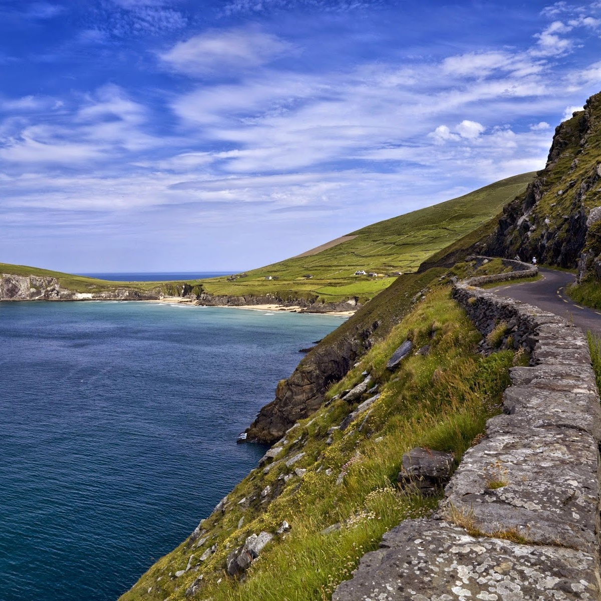 Atlantic Escape - Fancy a slightly longer tour? Why not combine Western Wilds with Kingdom of Kerry to make a spectacular five day tour and save €269. Atlantic Escape features rugged coastlines, the famed Ring of Kerry and the spectacular Dingle Peninsula.
