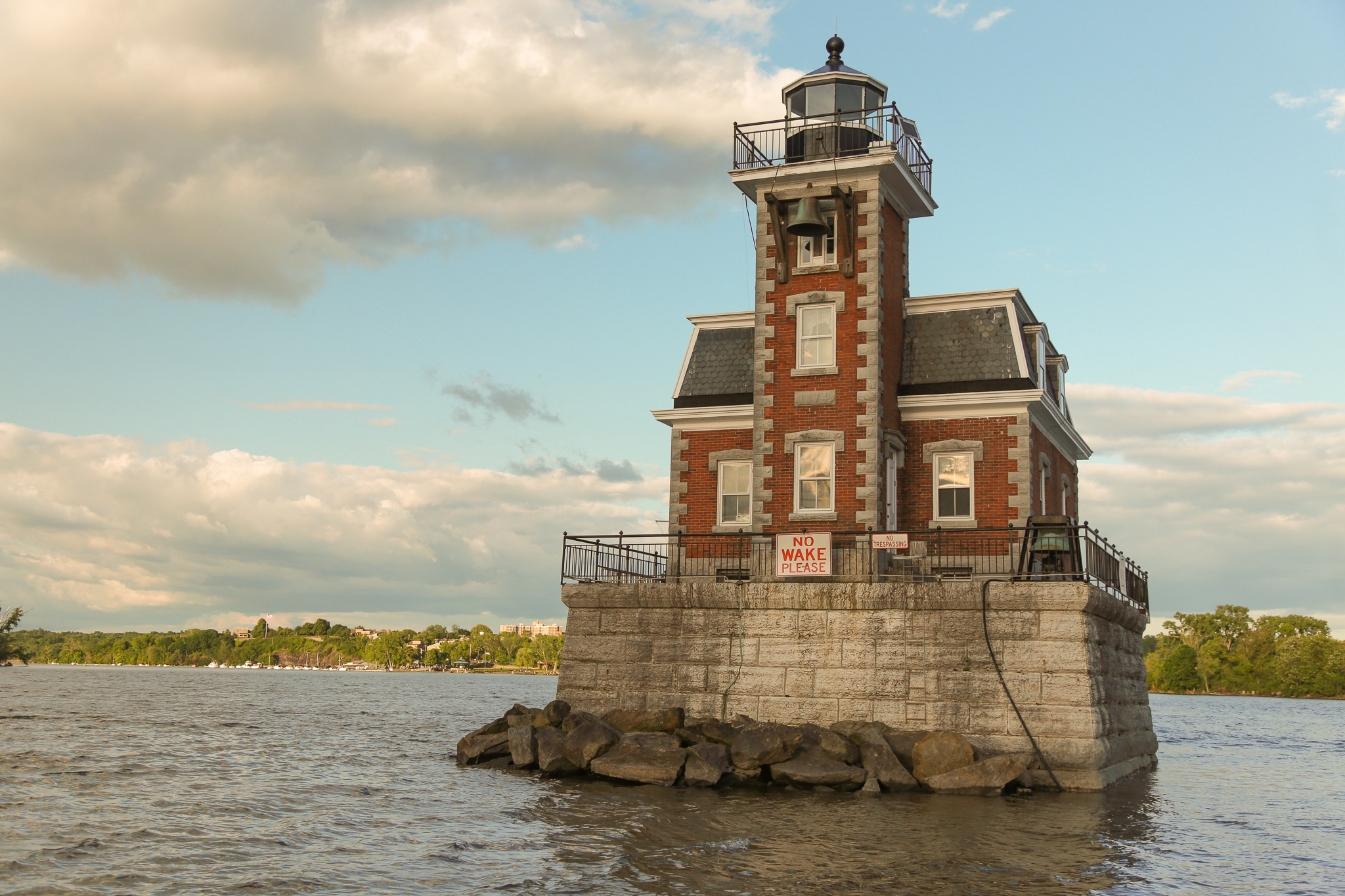 Hudson_Athens_lighthouse_0010.jpg