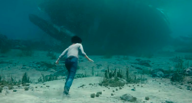 Alita going into the shipwreck