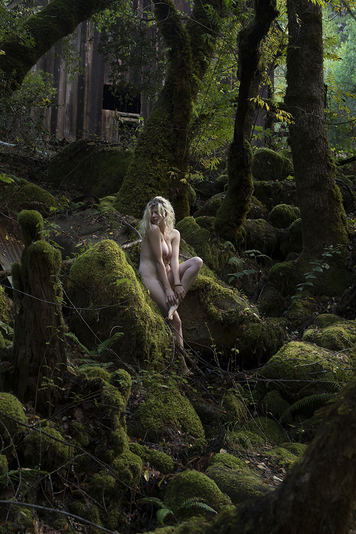 Hedge Witch Ritual: Stepping into a New Phase - Poetry & photo series by Charlie Watts