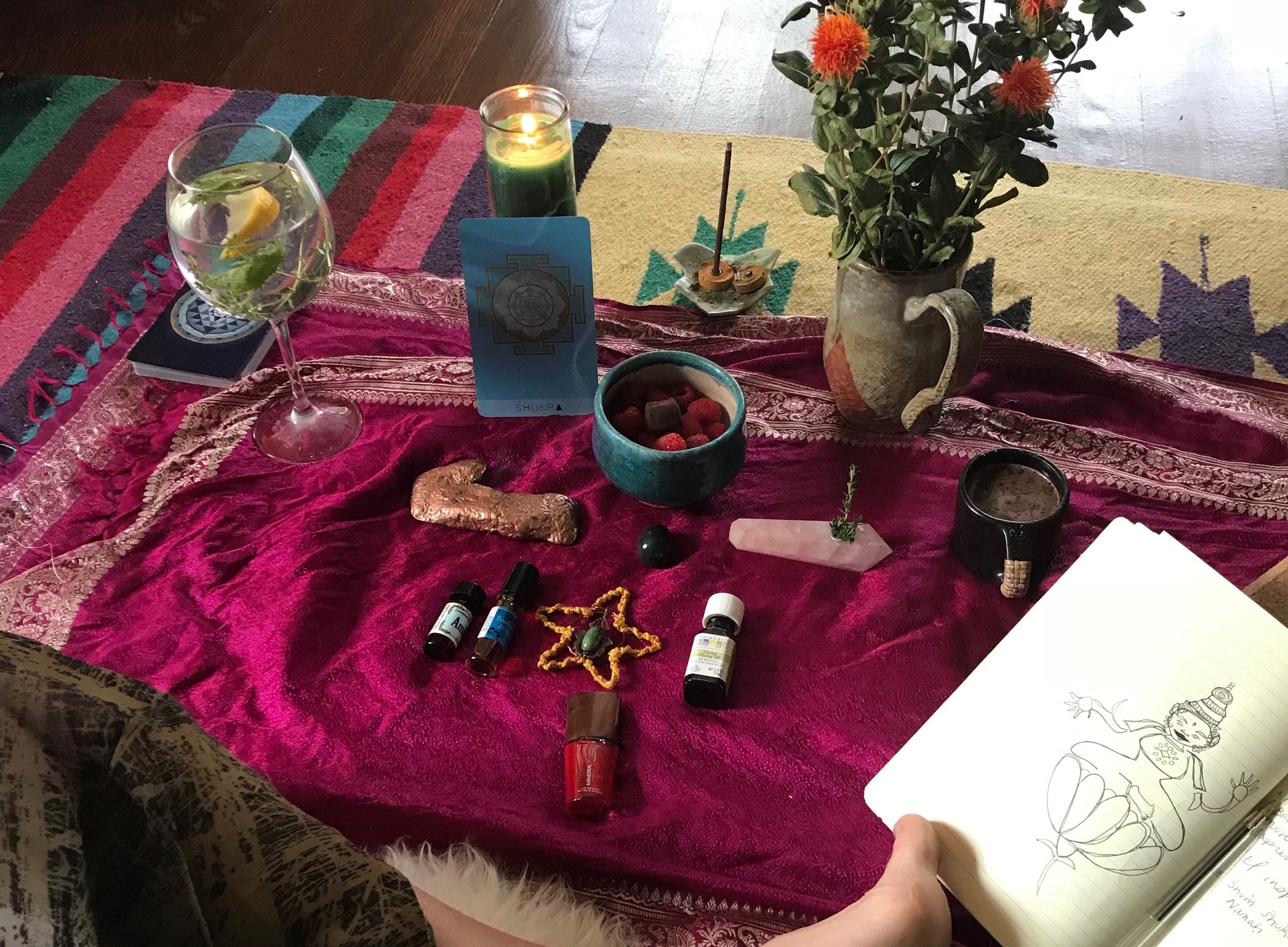 "Mantra for Inspiration - ""Venus is the planet of brilliant light and muse of creative expression"" - Chanti Tacoronte-Perez of Yantra Wisdom.To invoke Venus and draw upon clear forces of inspiration, begin by reflecting on the the obstacles that you have faced in the past 19 months. Observe these challenges without judgement and take a few moments to appreciate how they have served and empowered you. Then, chant aloud or mentally repeat the following mantra to call upon the brilliant light inside of you and all around.""Om Shum Shukraya Namah"""
