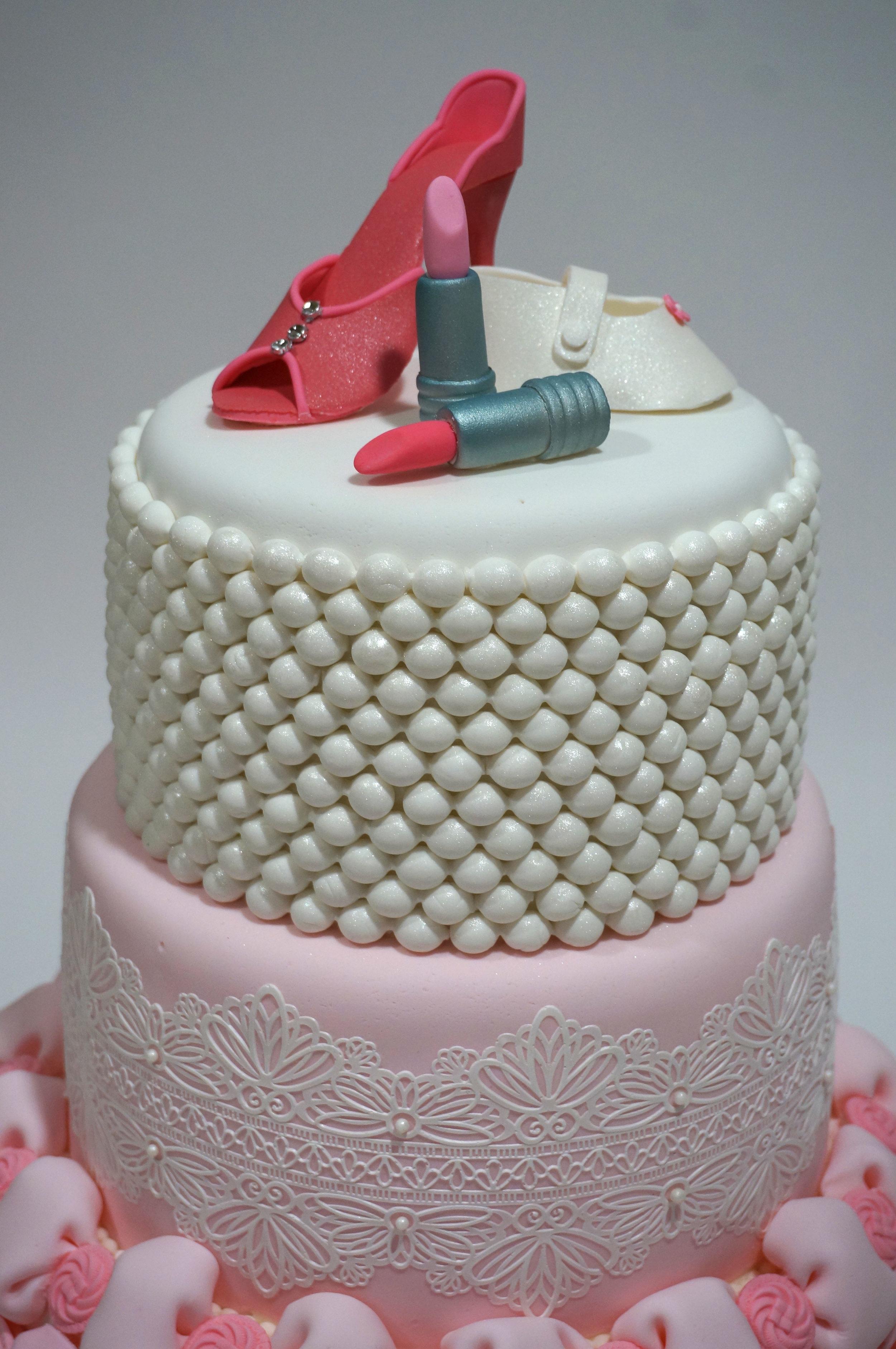 Sugar shoes and lipstick make a fashion statement