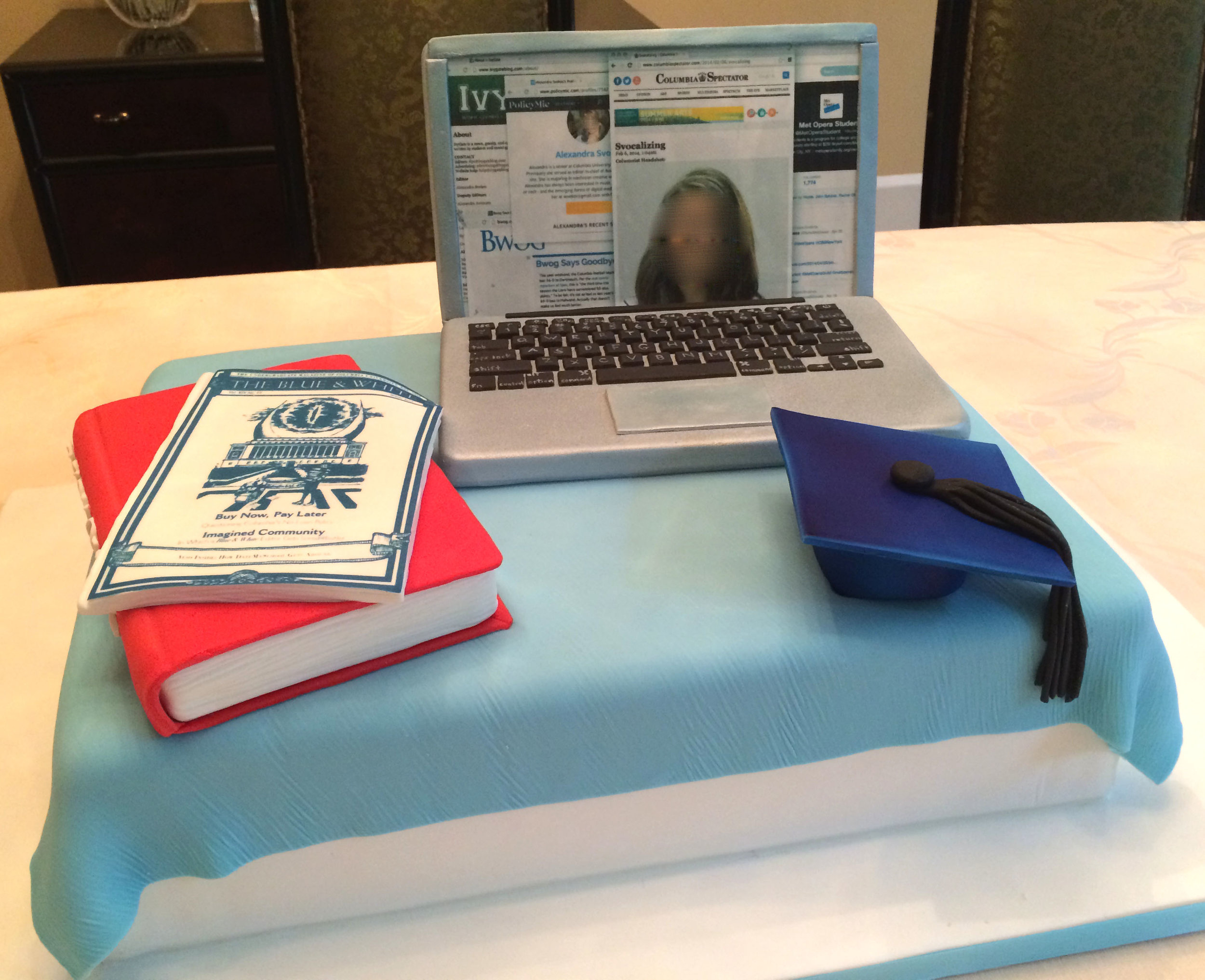 A desktop graduation cake