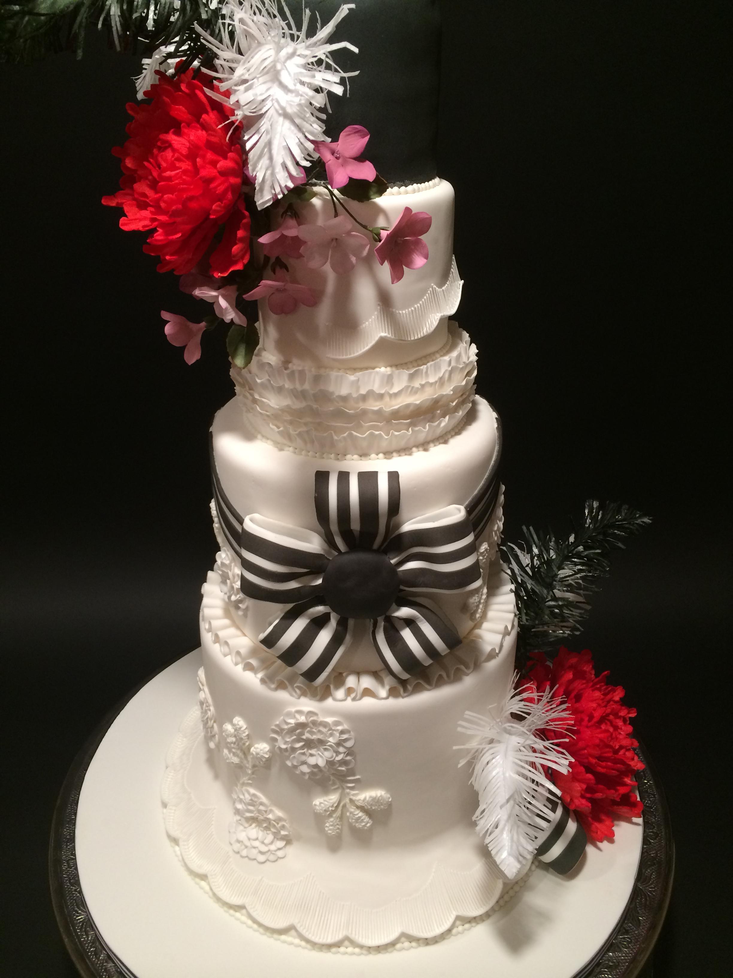 """A """"My Fair Lady"""" wedding cake"""