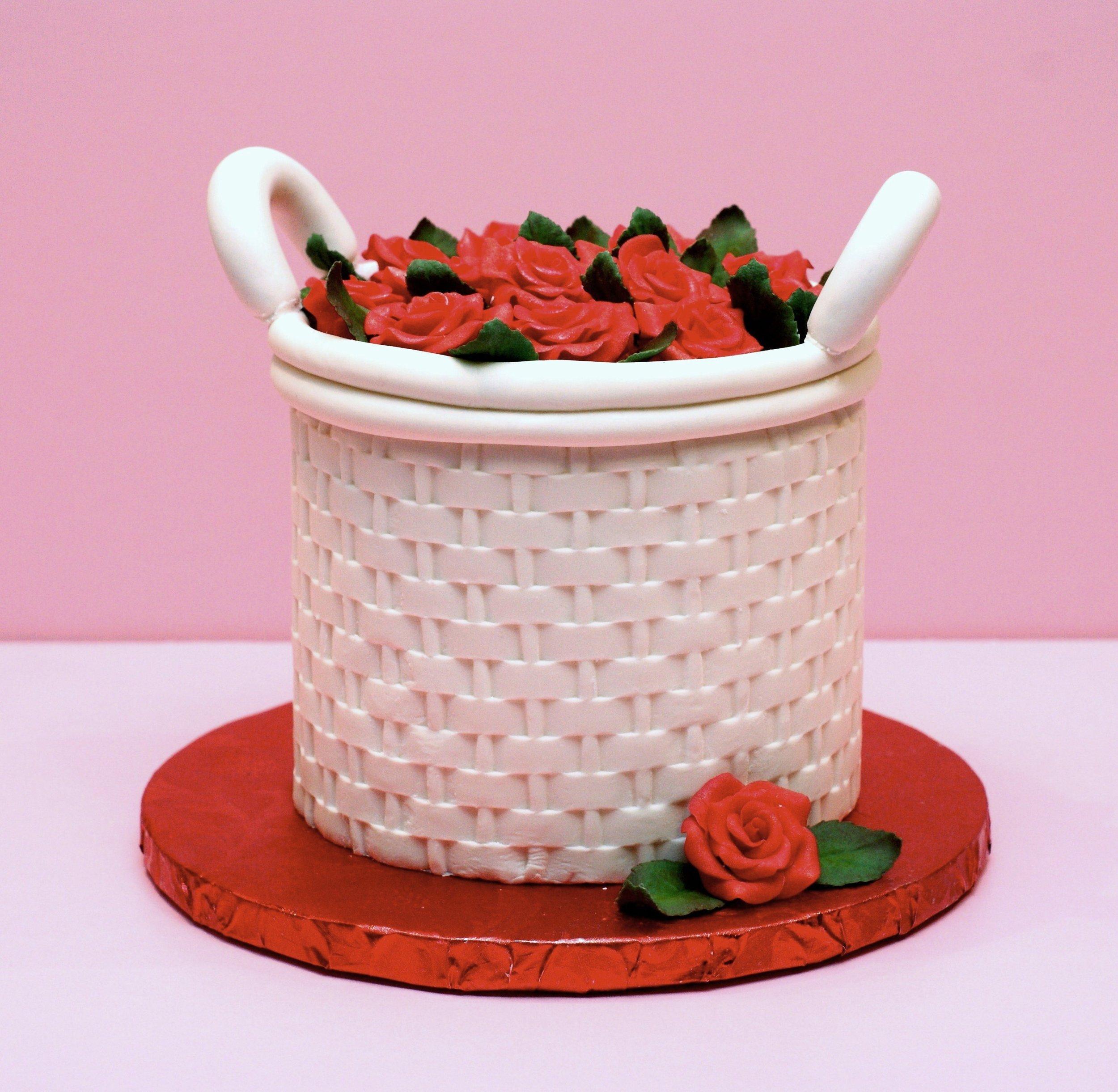Rose basket Petite SophistiCake