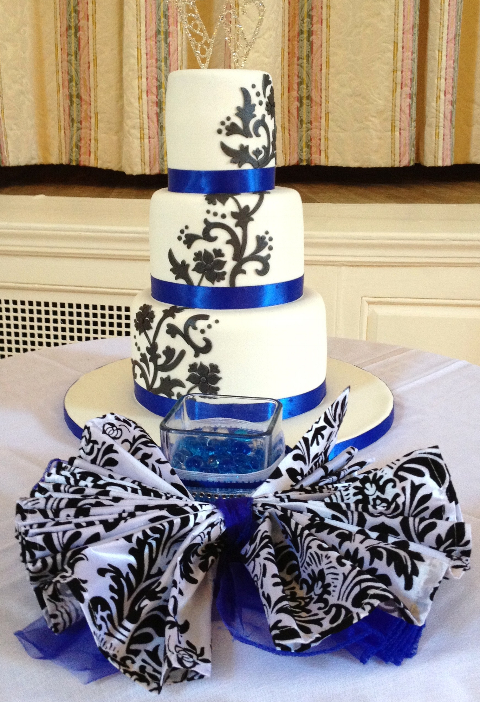 A damask wedding