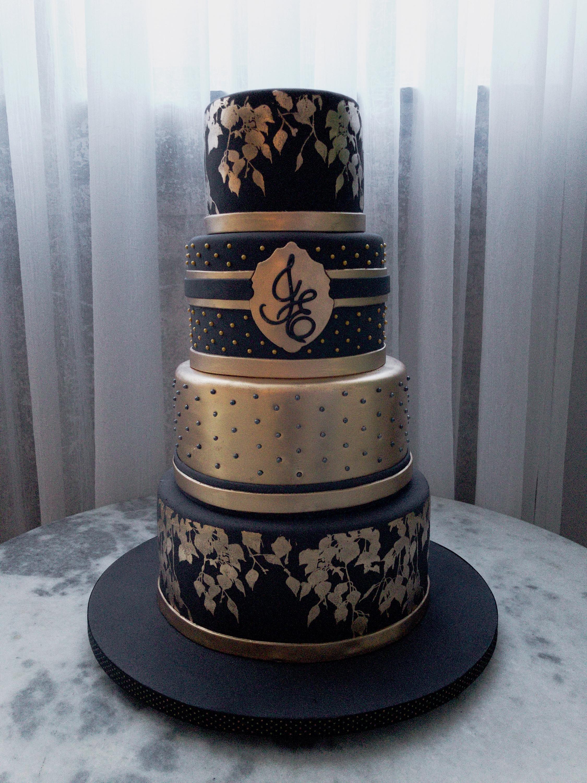 Elegant and bold gold on black for a wedding celebration