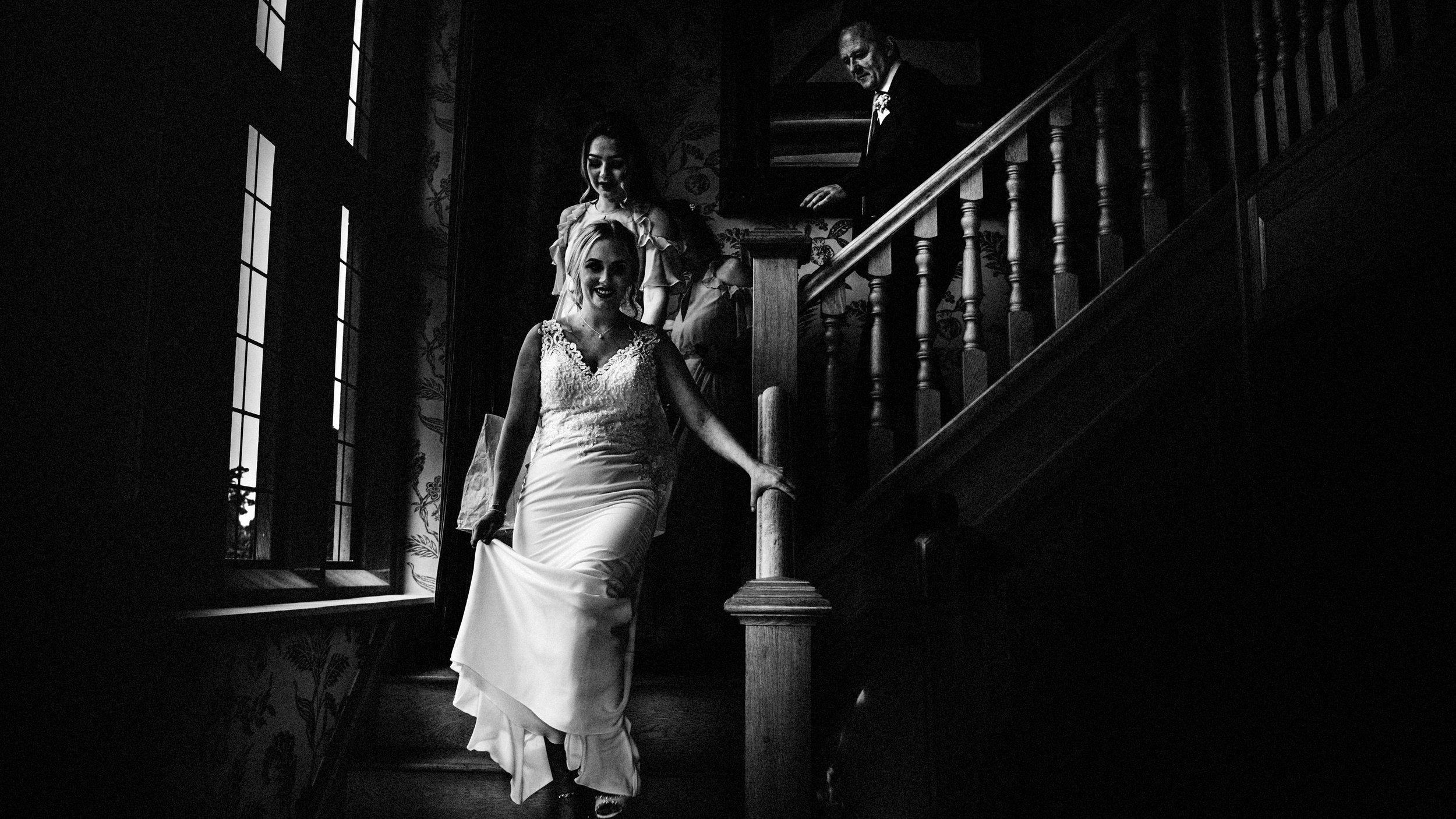 cheshire wedding photographer relaxed