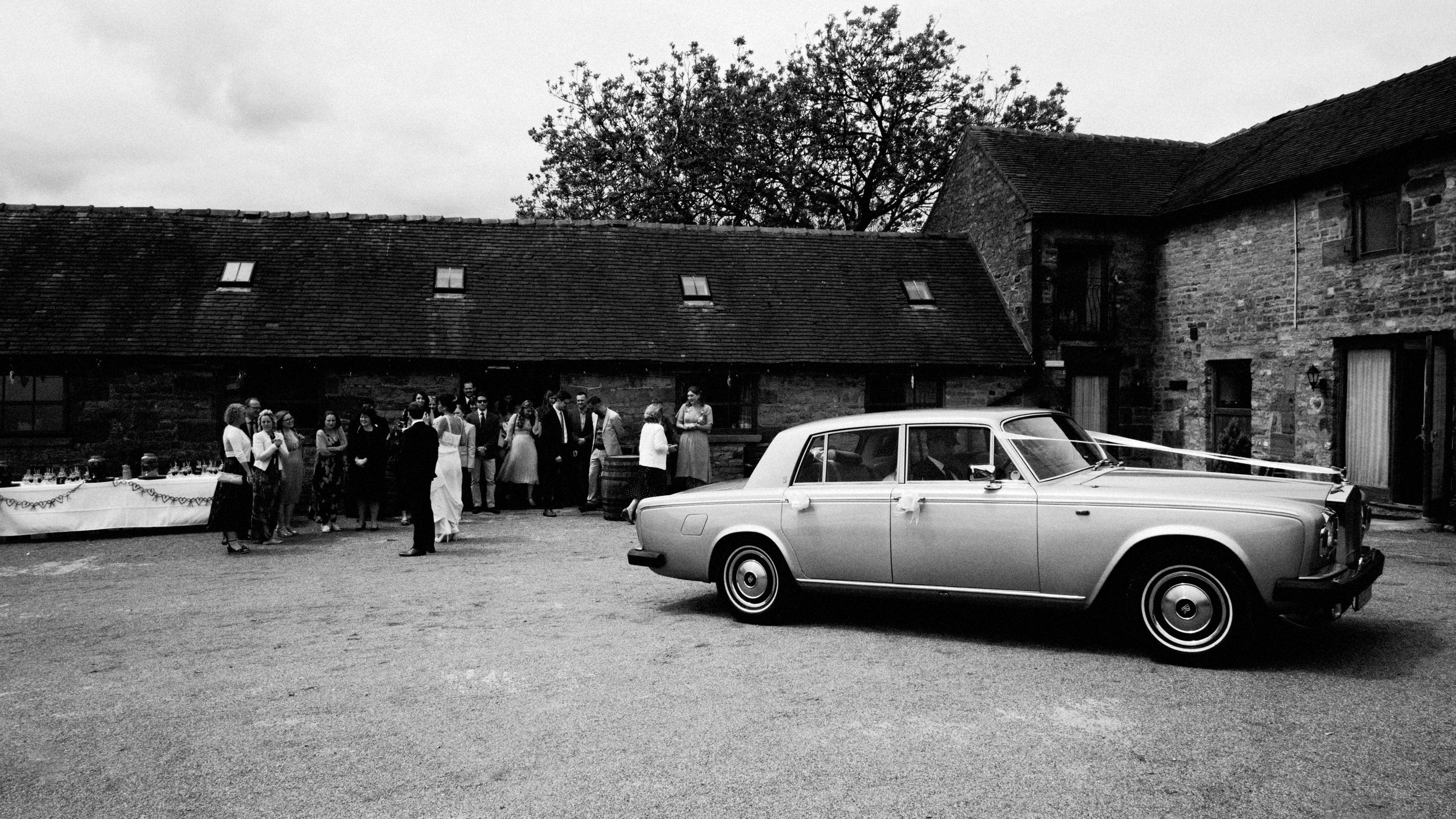 hamps-hall-and-barn-peak-district-documentary-0041wedding-photographer-.JPG