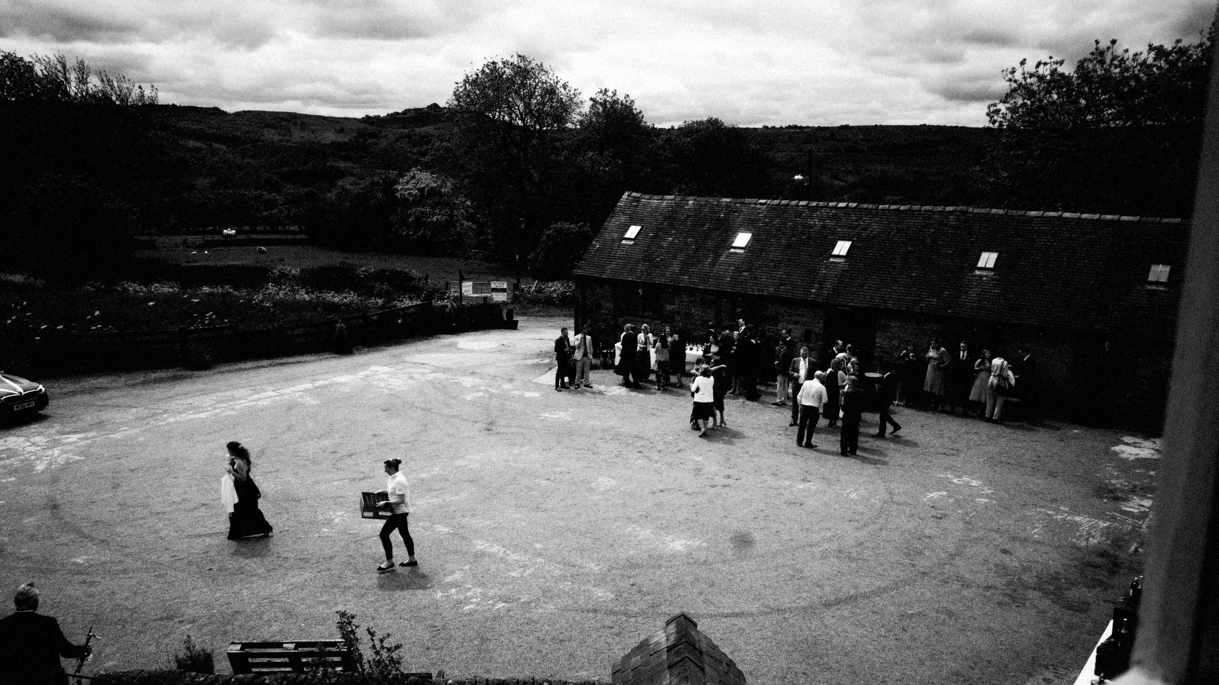 hamps-hall-and-barn-peak-district-documentary-0042wedding-photographer-.JPG