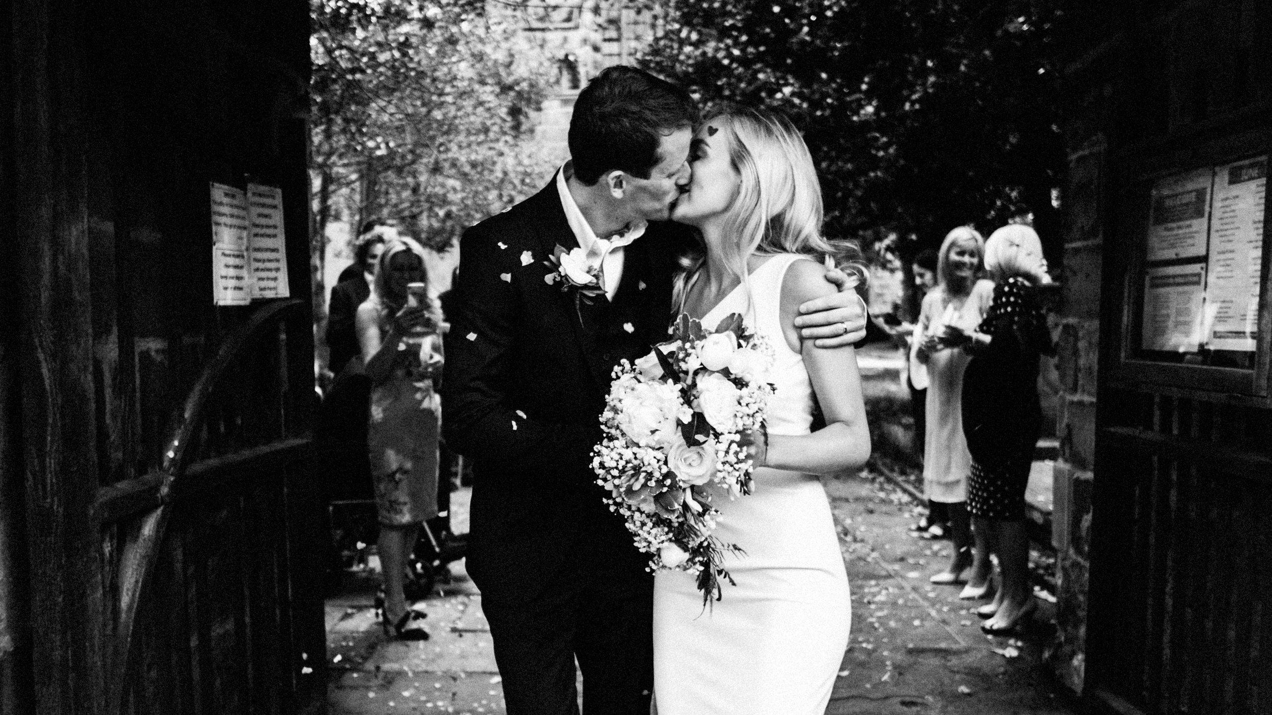 prestbury-cheshire-wedding-photographer-0019.JPG