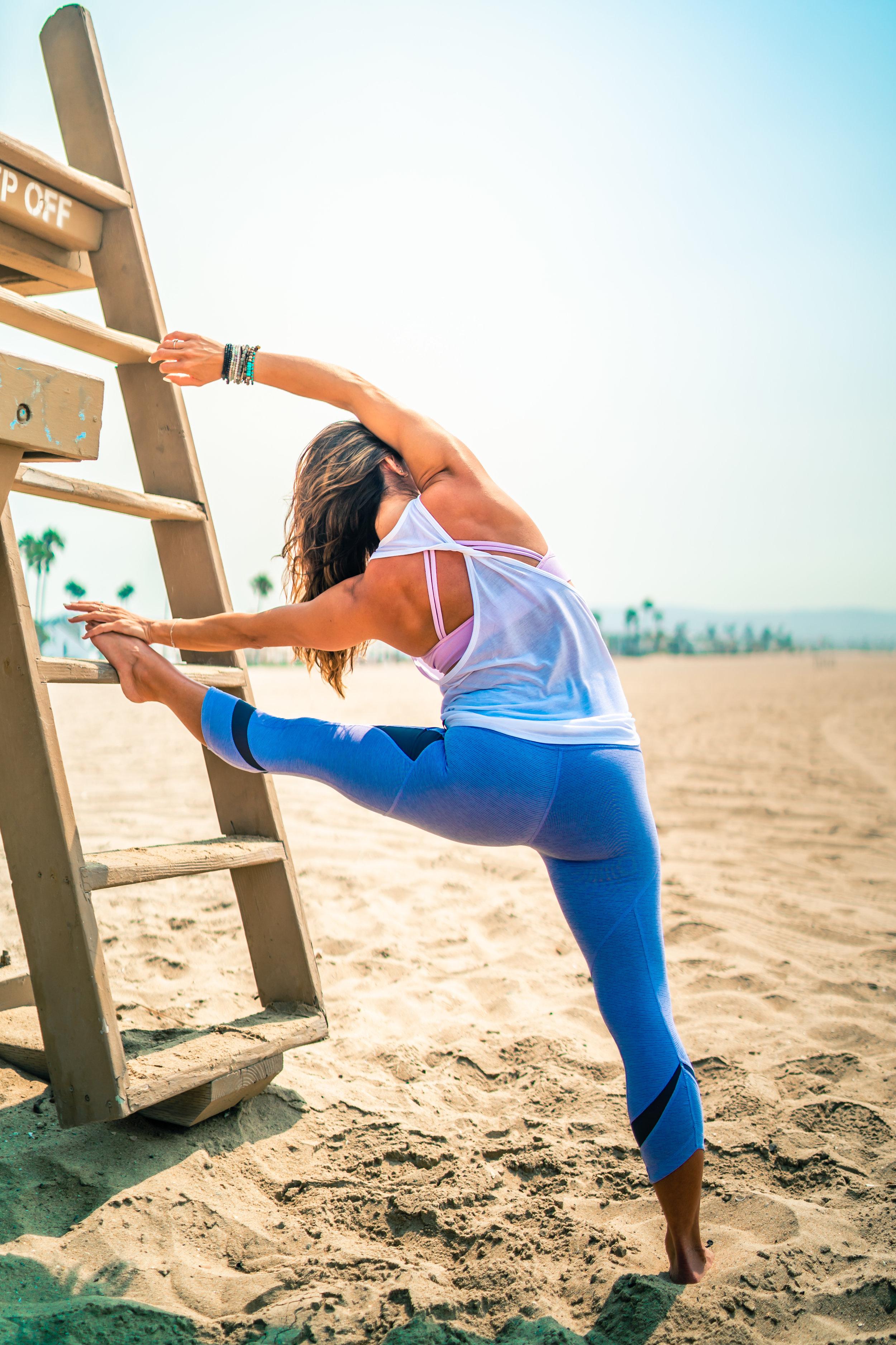 6_Full_Nicki-booty-camp-yoga-newport-beach-portraits_Joseph-Barber-Photography4296.jpg