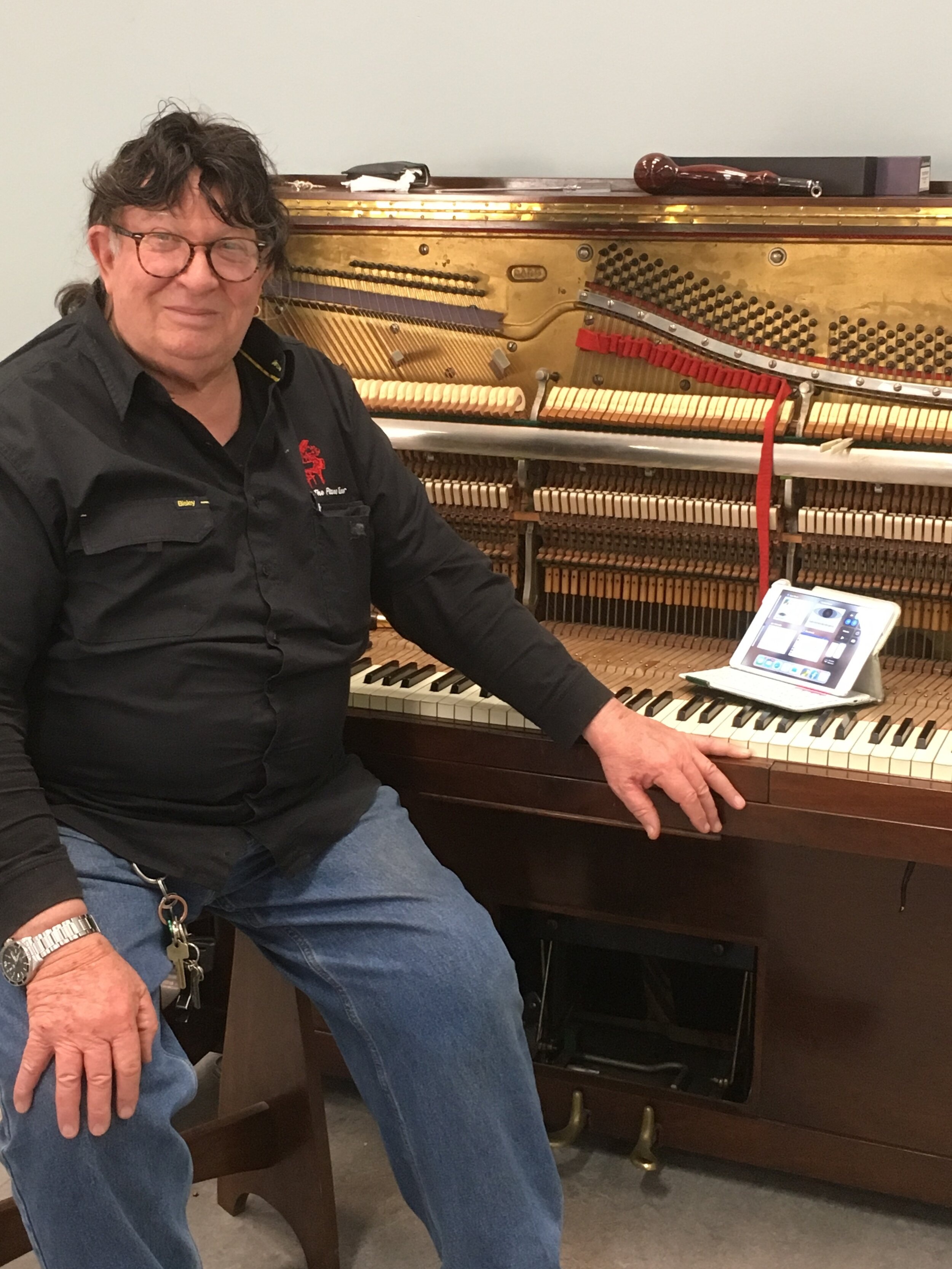 Piano tuning 3. Geoffrey Hyde. Oct 2019.jpg