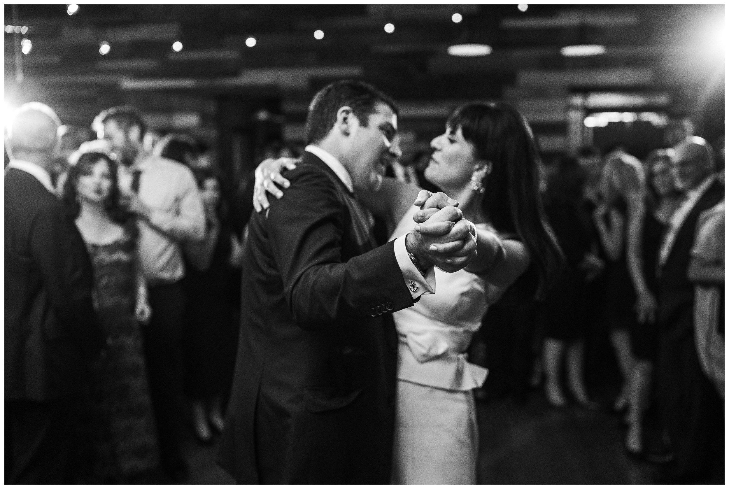 brooklyn winery wedding reception first dance