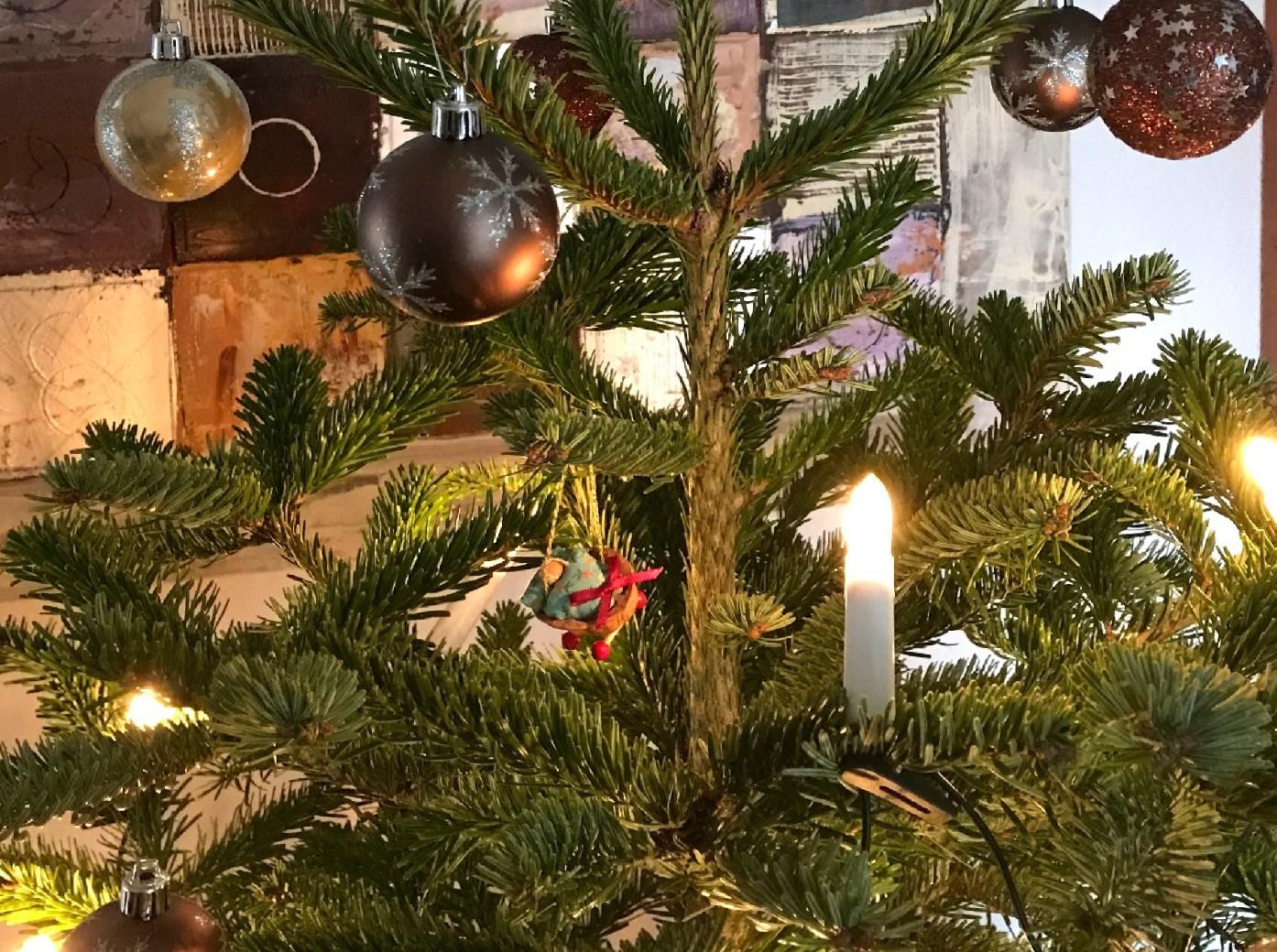 Weihnachtsbaum 2 17.jpeg