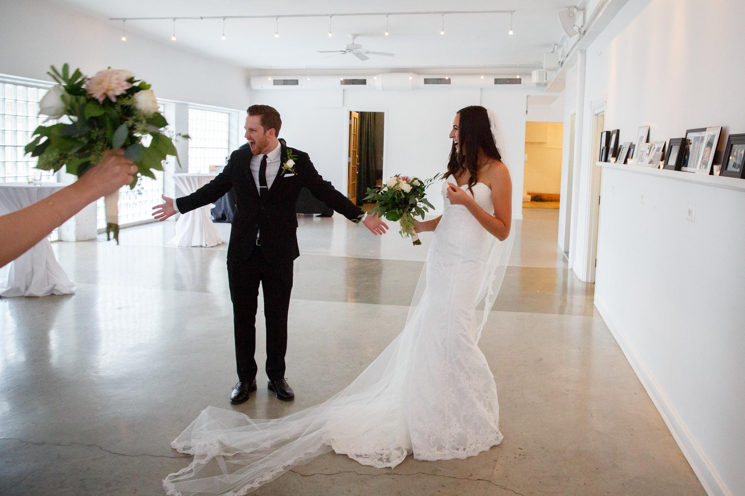 9-09-2016 Flora & Colin wedding photography by Brian Milo-160.jpg