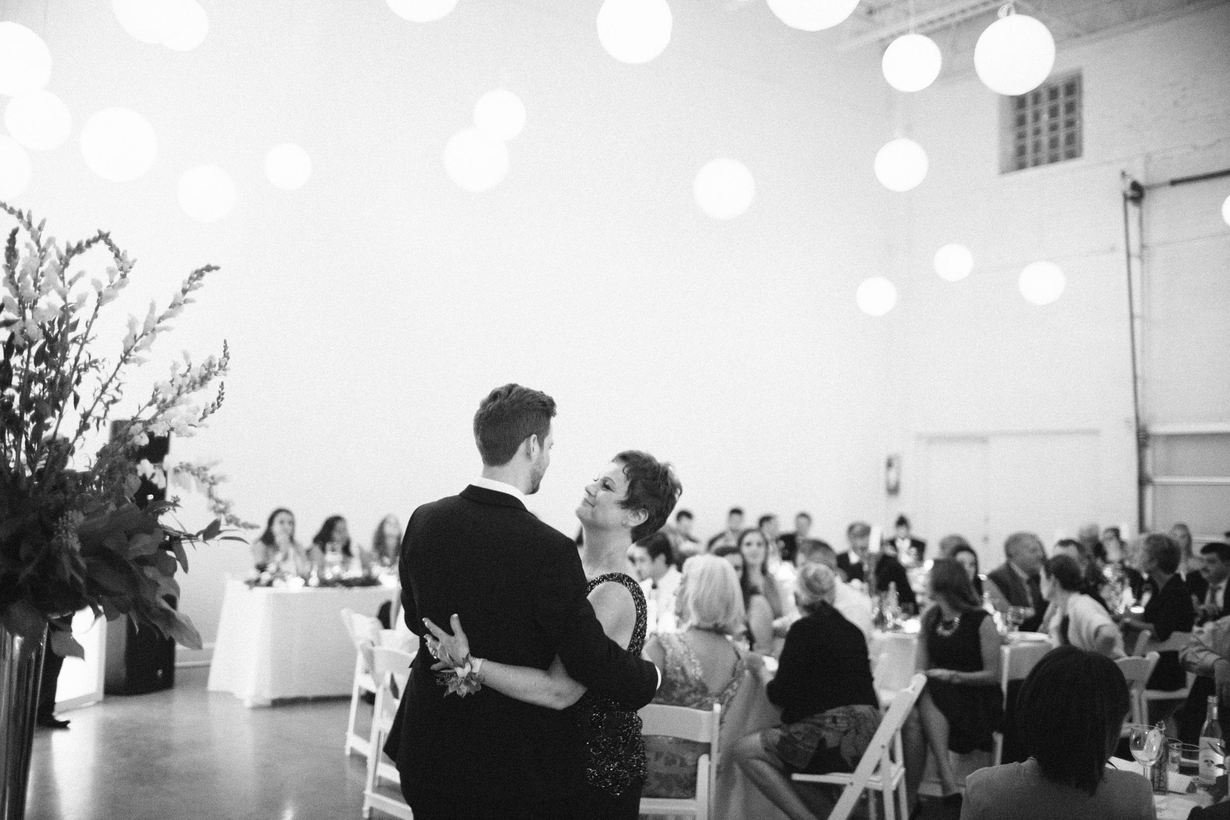 9-09-2016 Flora & Colin wedding photography by Brian Milo-184.jpg