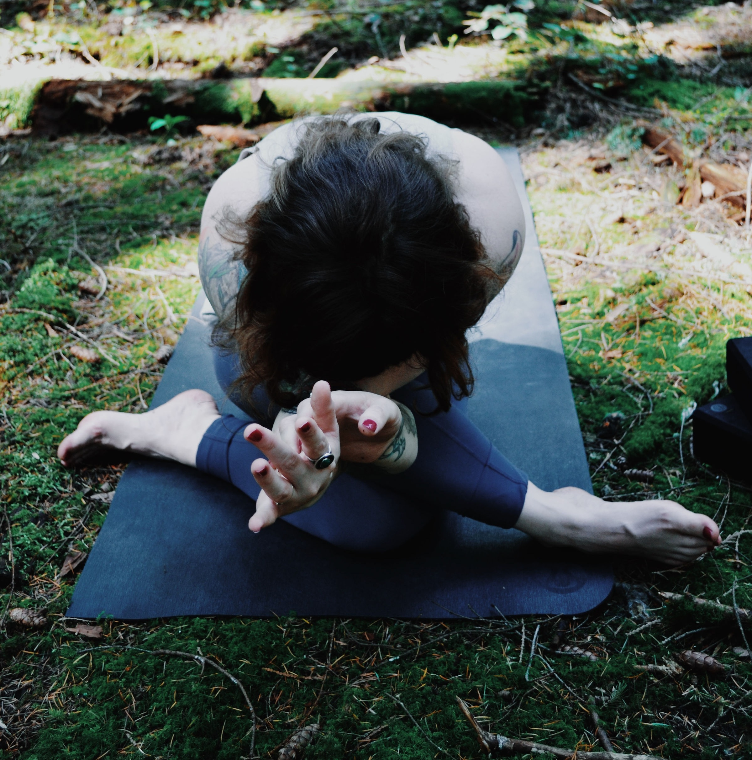 ABOUT YIN YOGA - Discover a practice of stillness and introspection to cultivate balance and ease.