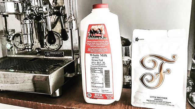 OMG what a combo this morning!  My dream is to be a barista, this local milk with coffee from far off lands, well, its making my dreams come true. :)