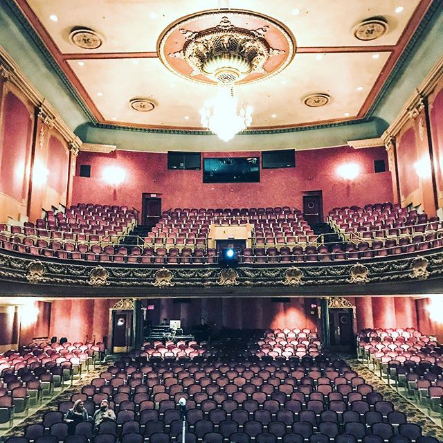 Man, what a treat to play sold out theatres like this! Piano Trio, my beloved musical vehicle and two of my fovorite musicians and people on the planet.  #jerrygranelli #chrisgestrin