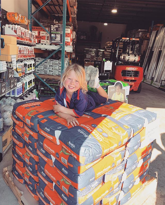 Even our cutest customer Storm knows a good deal when she sees one 😍  Come and grab our current Bostik deal in store!  Conflex 20kg $17.20 inc GST  Ultra Mastik 20kg $17.20 inc GST  We are the cheapest on the Coast, quality products at trade prices always!  Free delivery within 10kms 🚛
