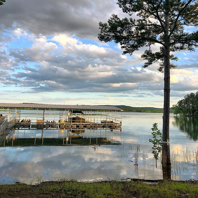 Spent a beautiful evening at Moosehead Lodge last night! Who else is excited that the rain has stopped (at least for a few days) ☀️
