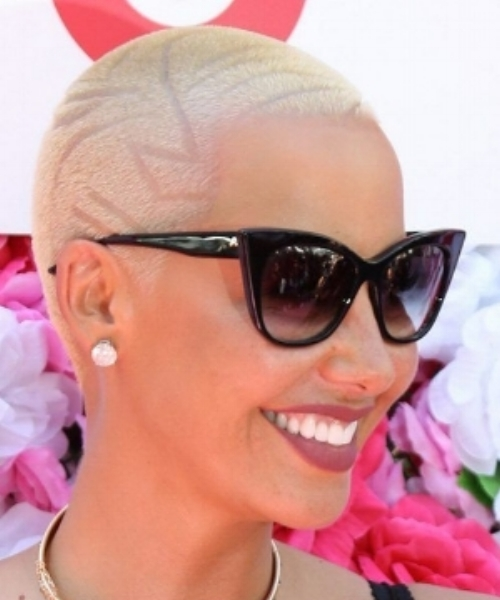 Amber Rose  with full-head design