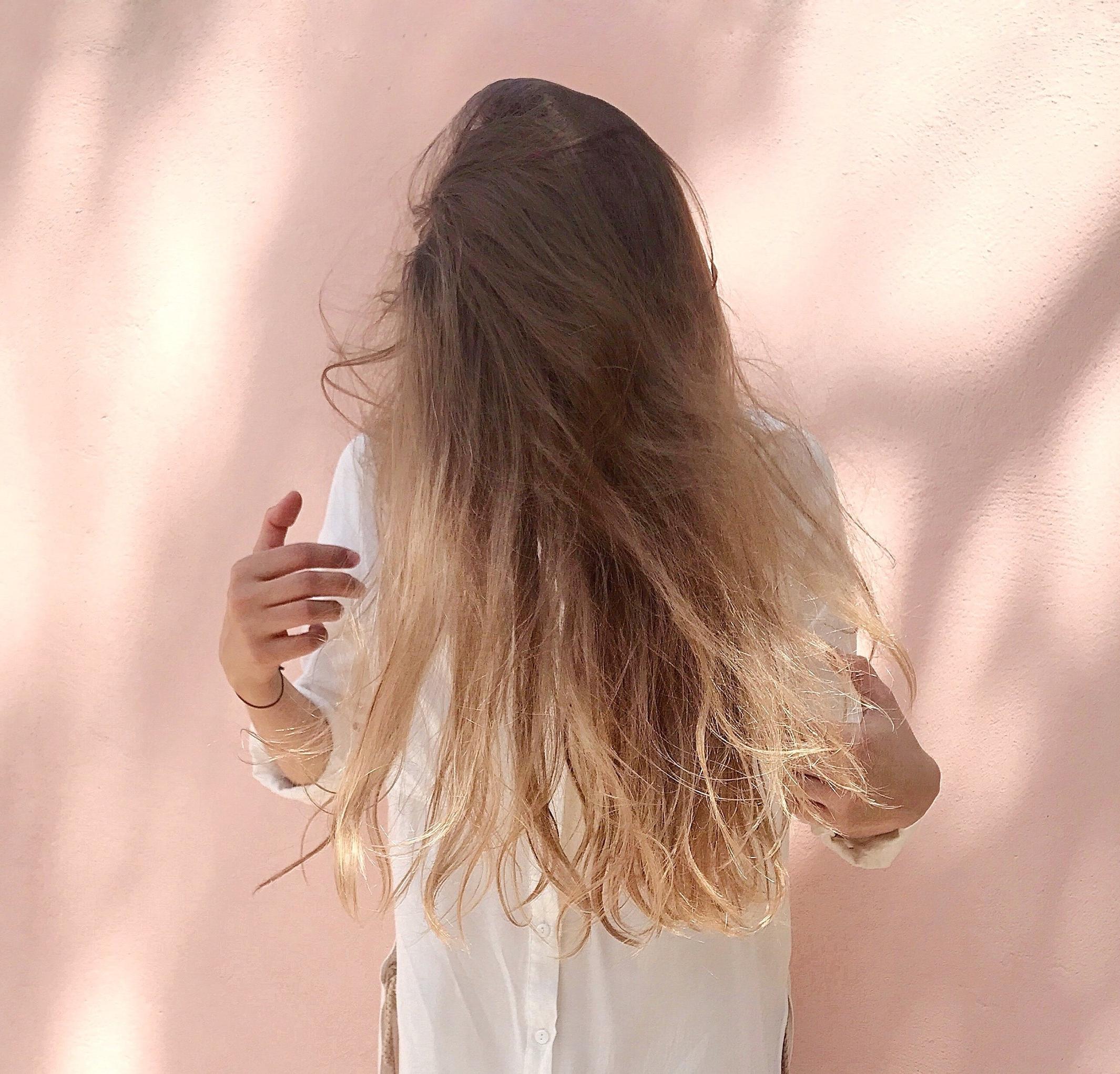 beautiful-dress-fashion-1109595.jpg
