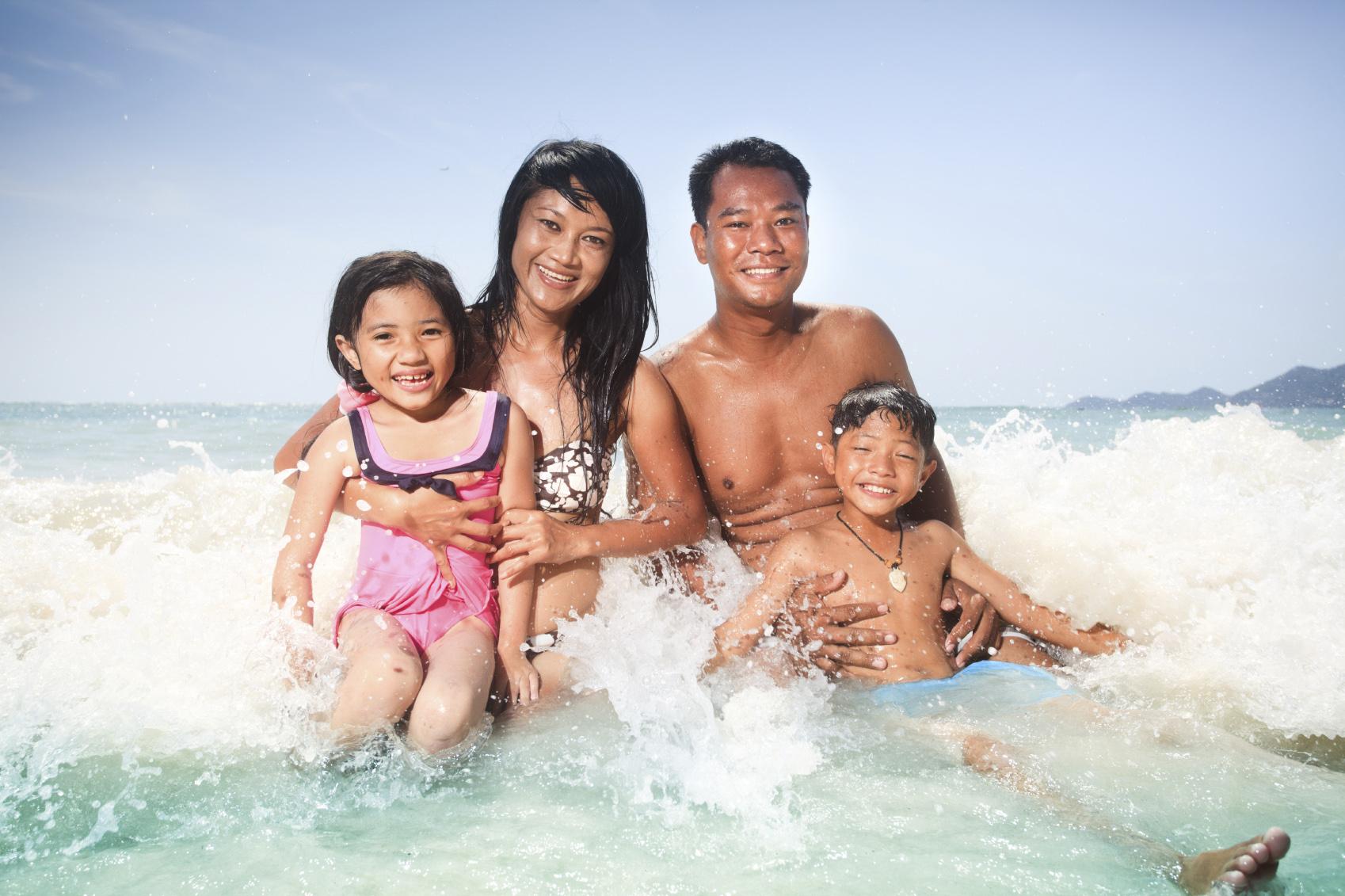 Asian family beach.jpg