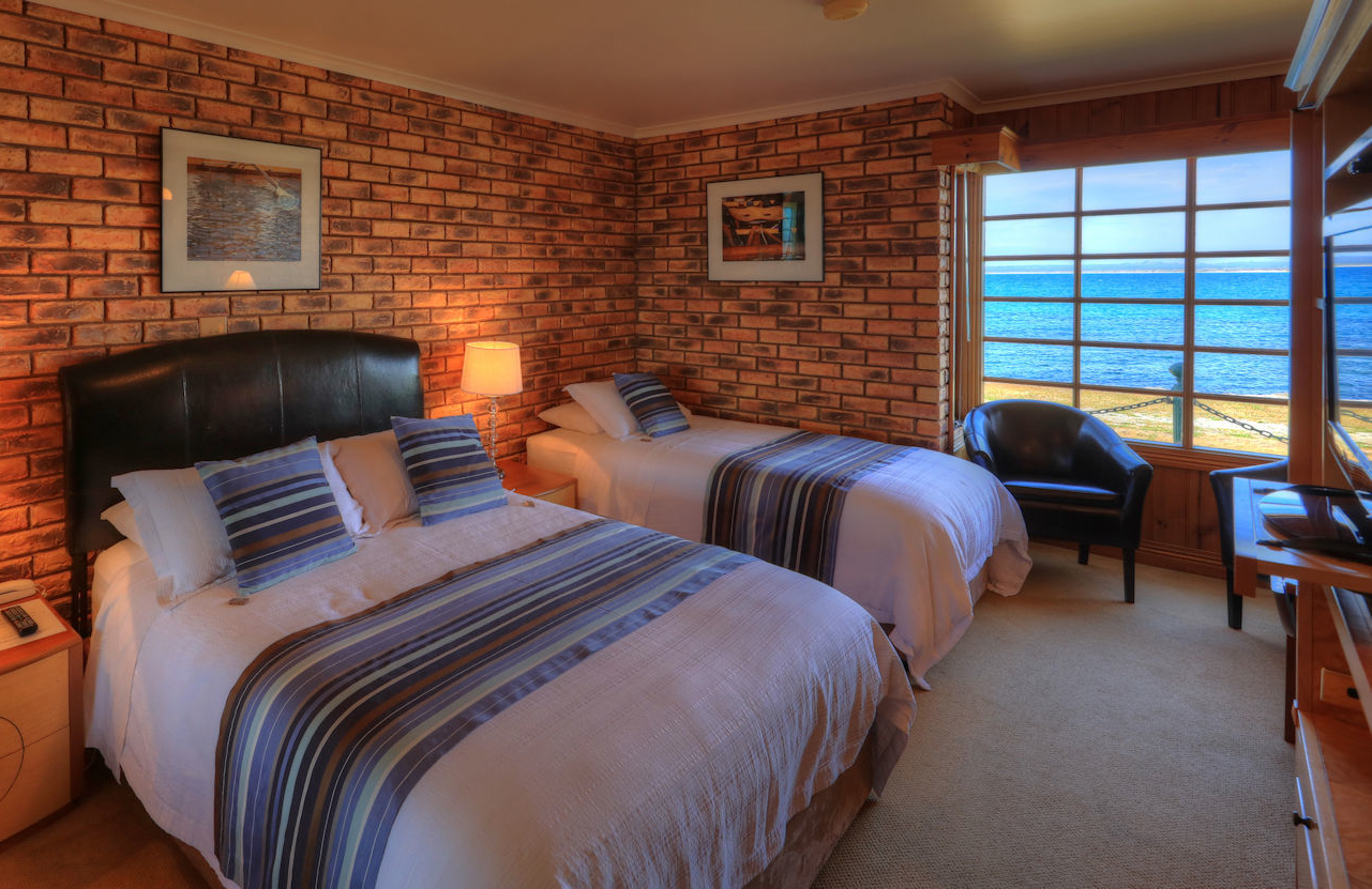 Stanley Village Waterfront Accommodation - Waterfront Suites.jpg
