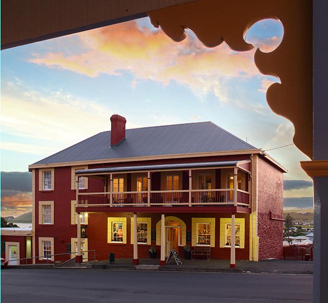 Stanley Village Waterfront Accommodation - Stanley Hotel Bistro