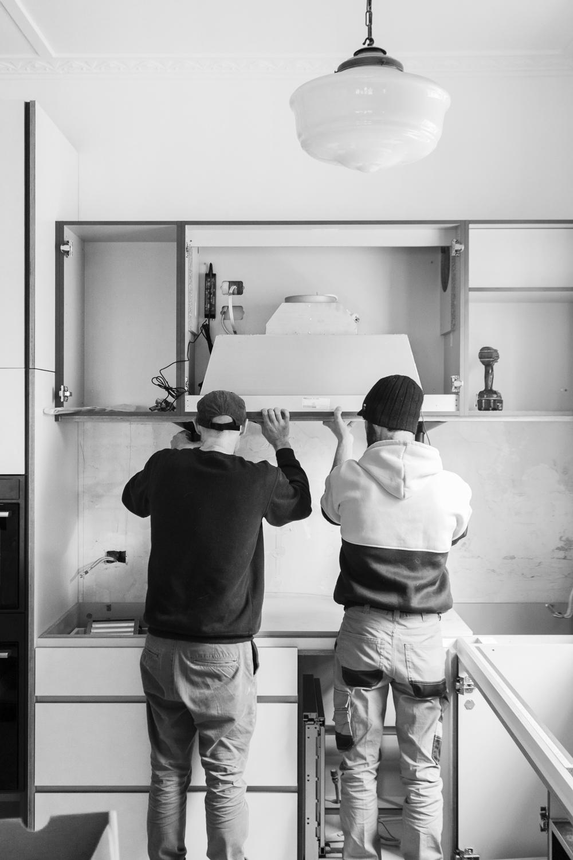 Cantilever Installation Team 1