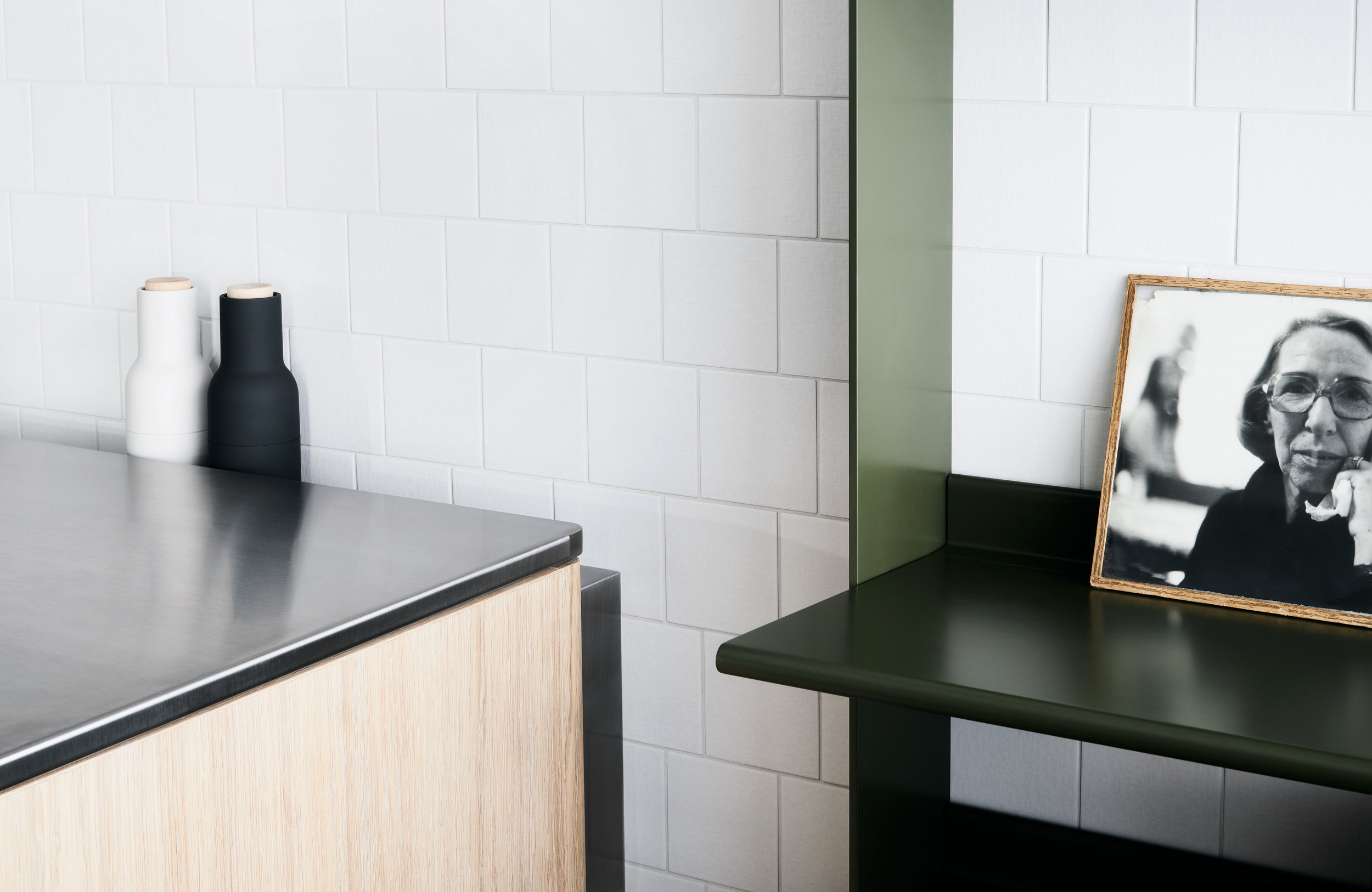 Tableau Cantilever DesignOffice Kitchen System Australia (5).jpg