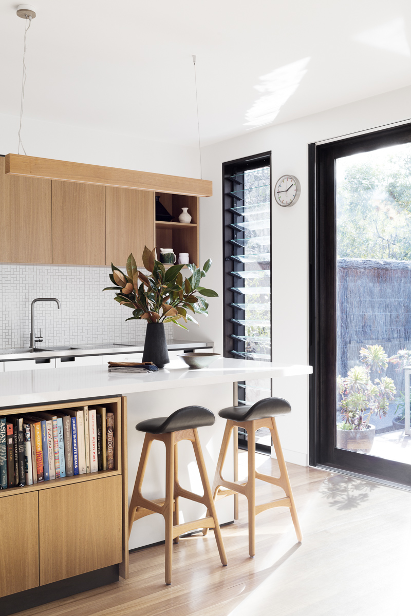 K3 Kitchen Creek House Cantilever Interiors Vicki McLean