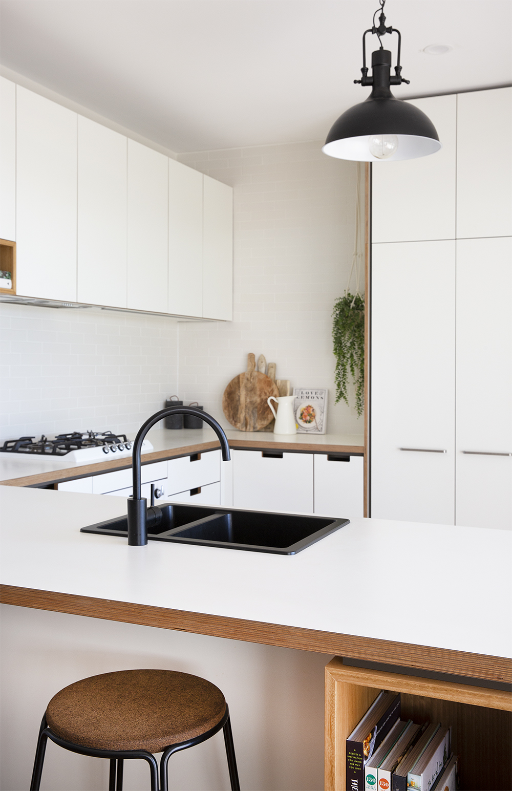 Cantilever K3 Kitchen specified by Black Arrow Co (7).jpg