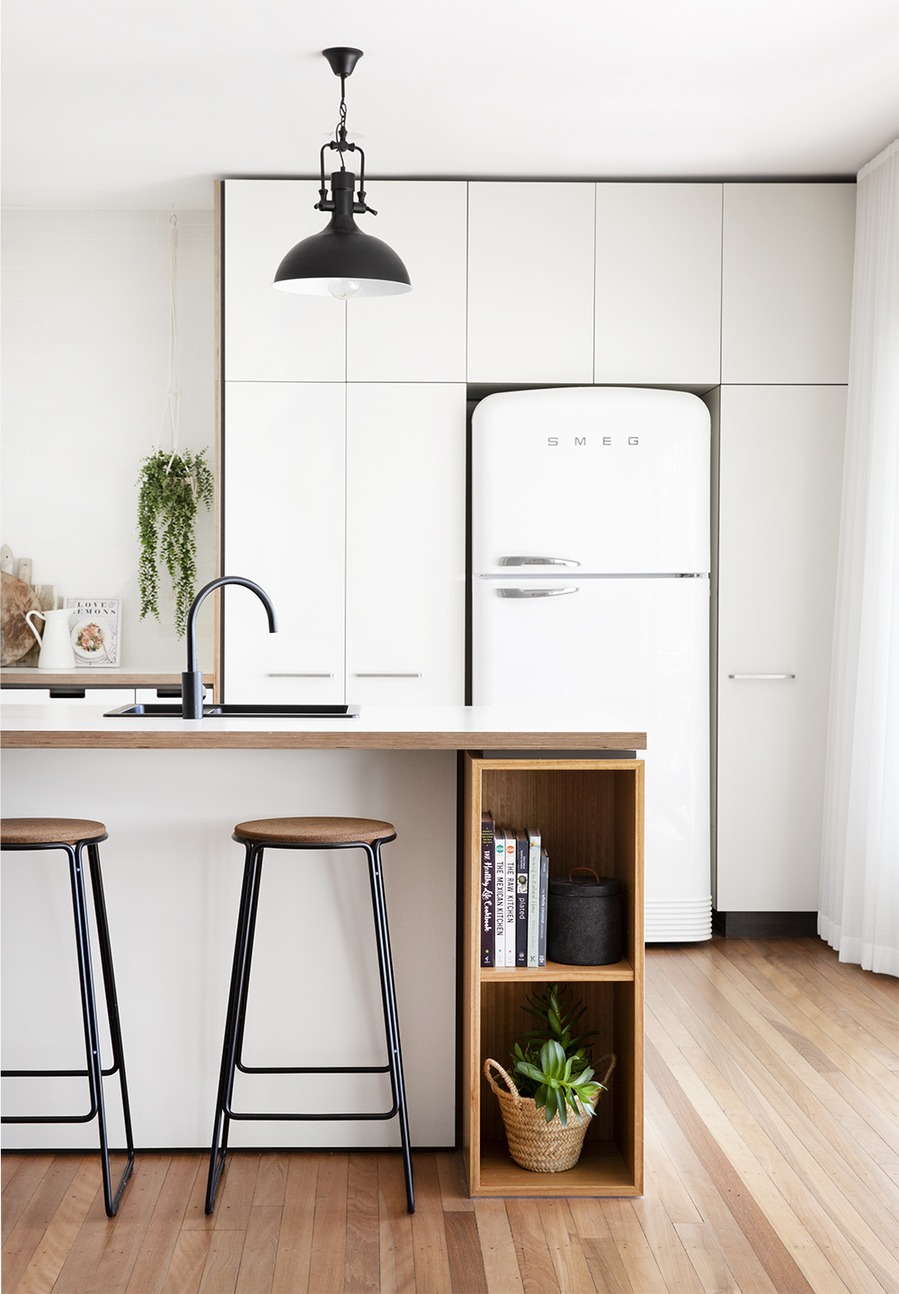 Cantilever K3 Kitchen specified by Black Arrow Co (2).jpg