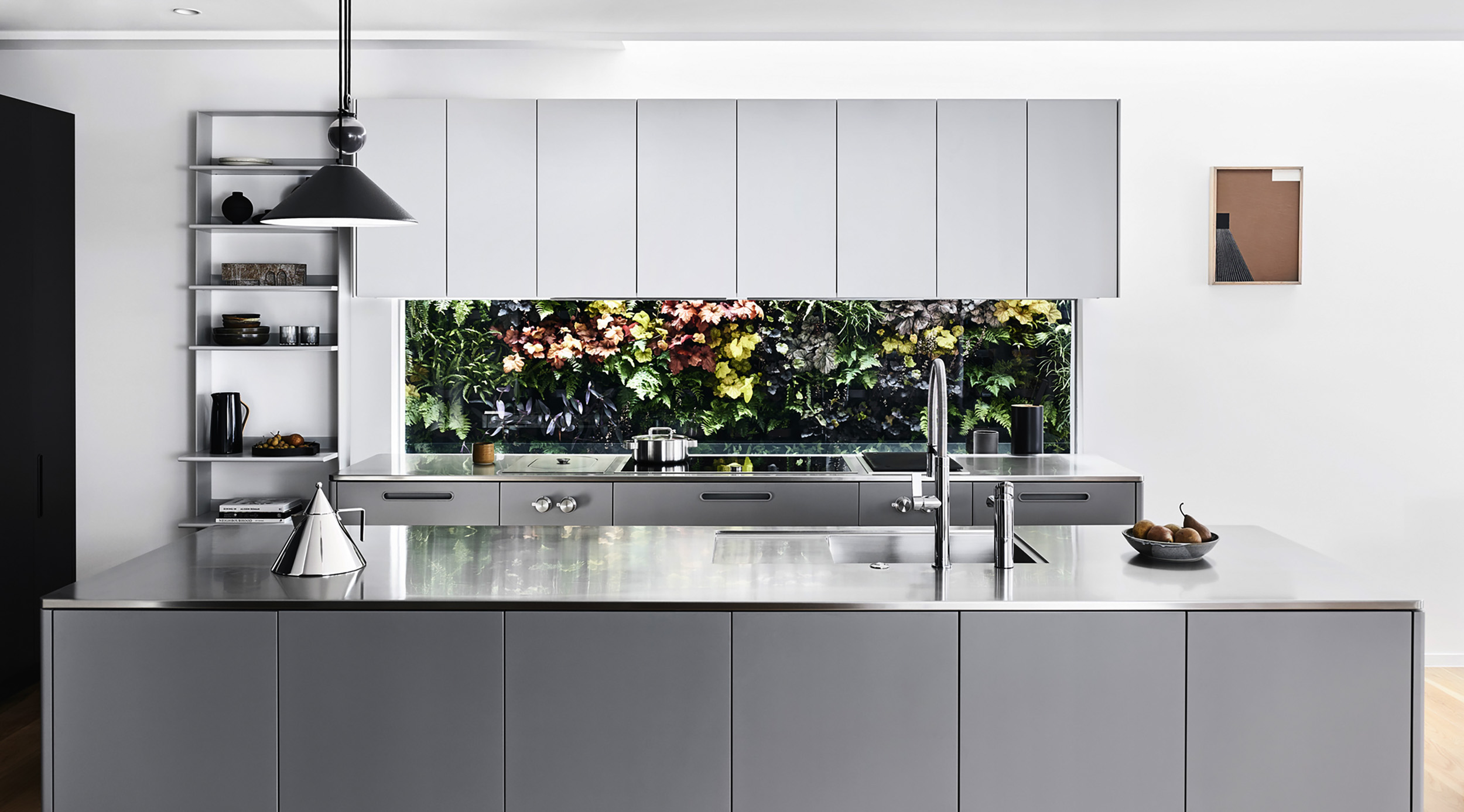 Tableau Kitchen System by Cantilever for Ross and Pauline Troon, Albert Park_2.JPG