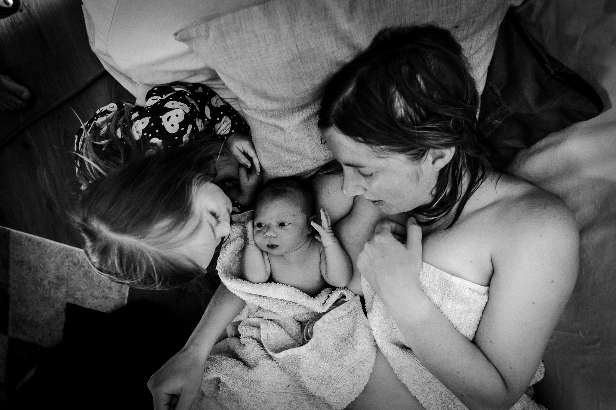 Newborn birth photography