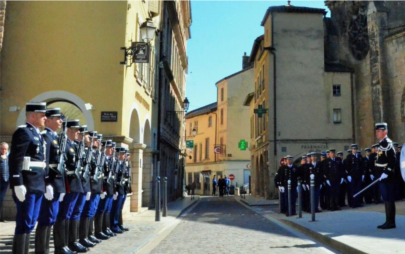 hommage gendarme 2 .png