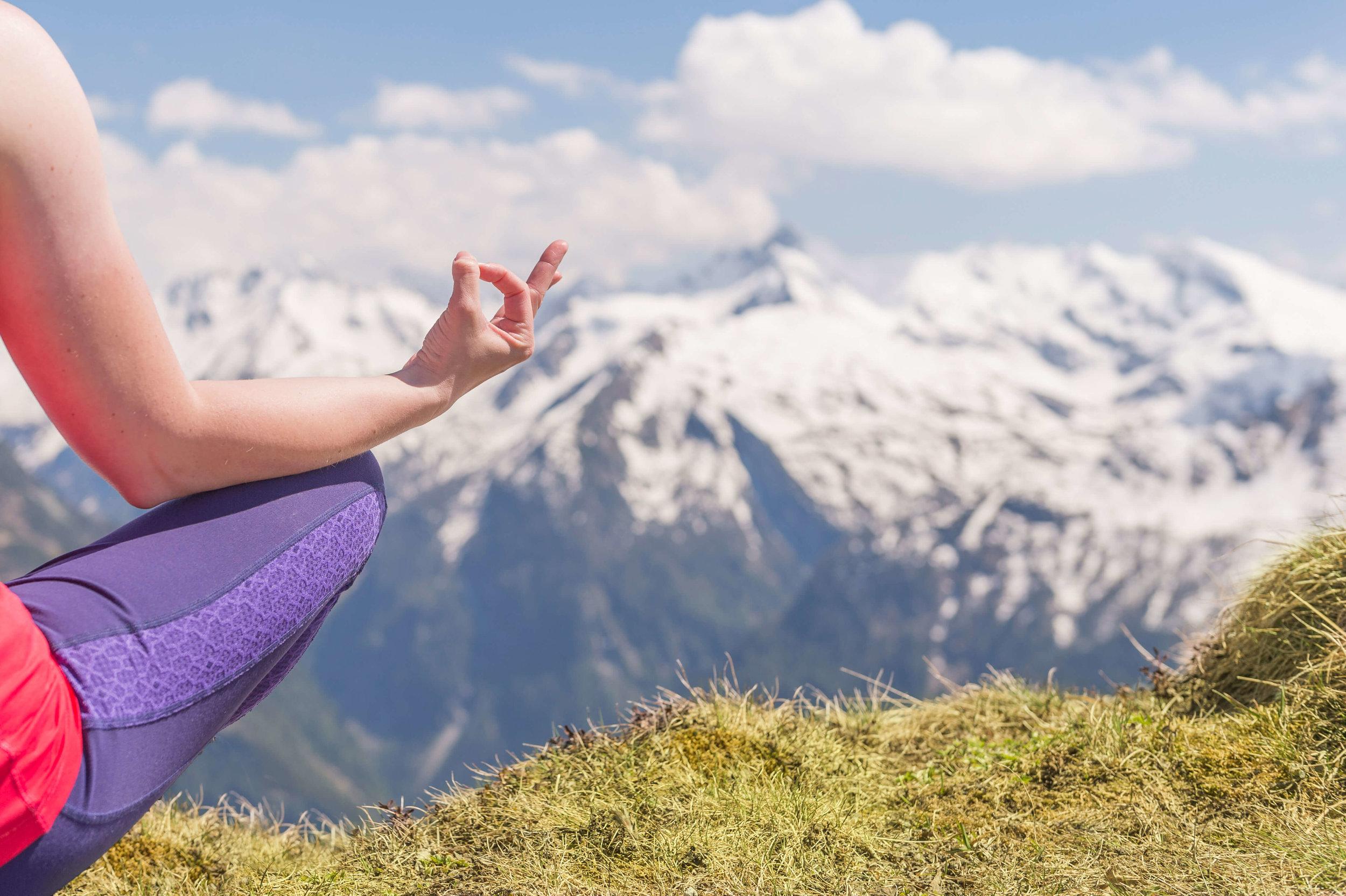 Yoga-in-den-Gasteiner-Bergen.jpg