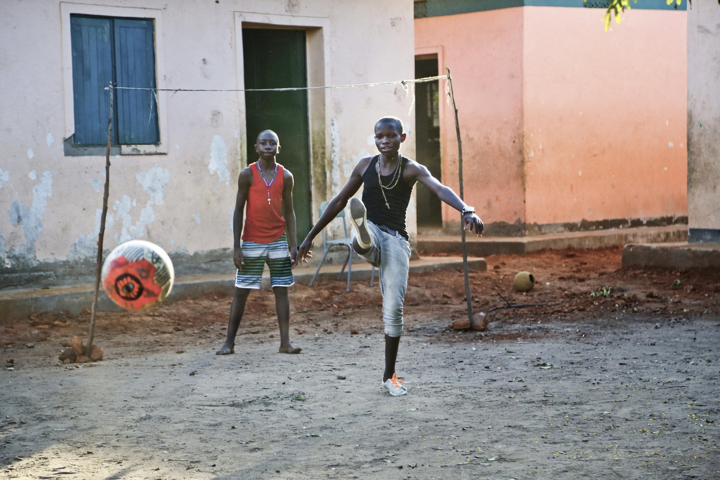 PARK_Uganda2_phcredit_Chelsea_Dennison.jpg