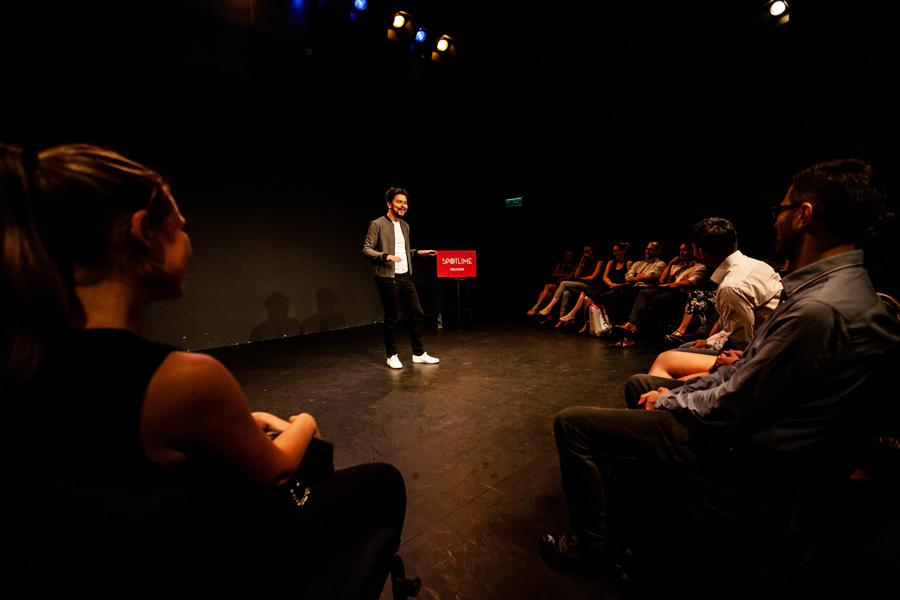 Karim Duval au Hong Kong Arts Center.