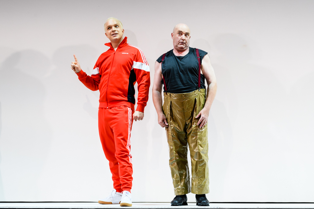 Alex Otterburn and Andrew Shore in Greek. Scottish Opera and Opera Ventures 2017. Credit Jane Hobson..jpg