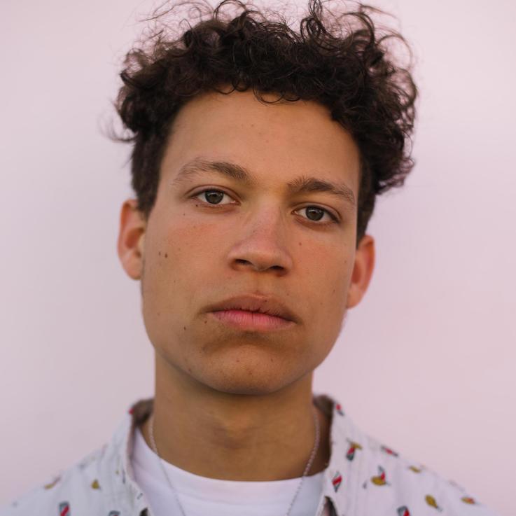 Elijah Pailthorpe-Peart (Nelson Navarro)