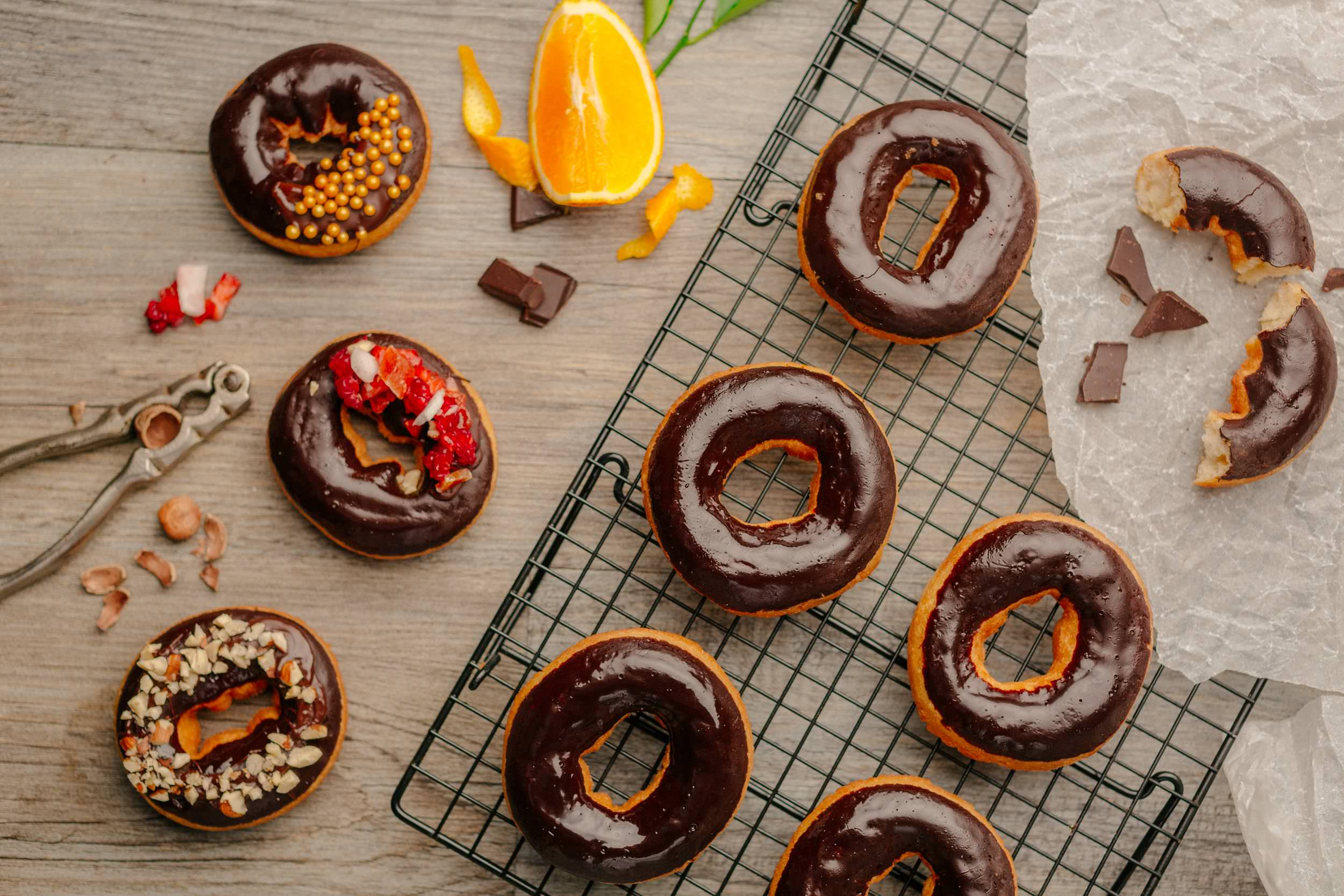 ChocolateDonuts-001.jpg