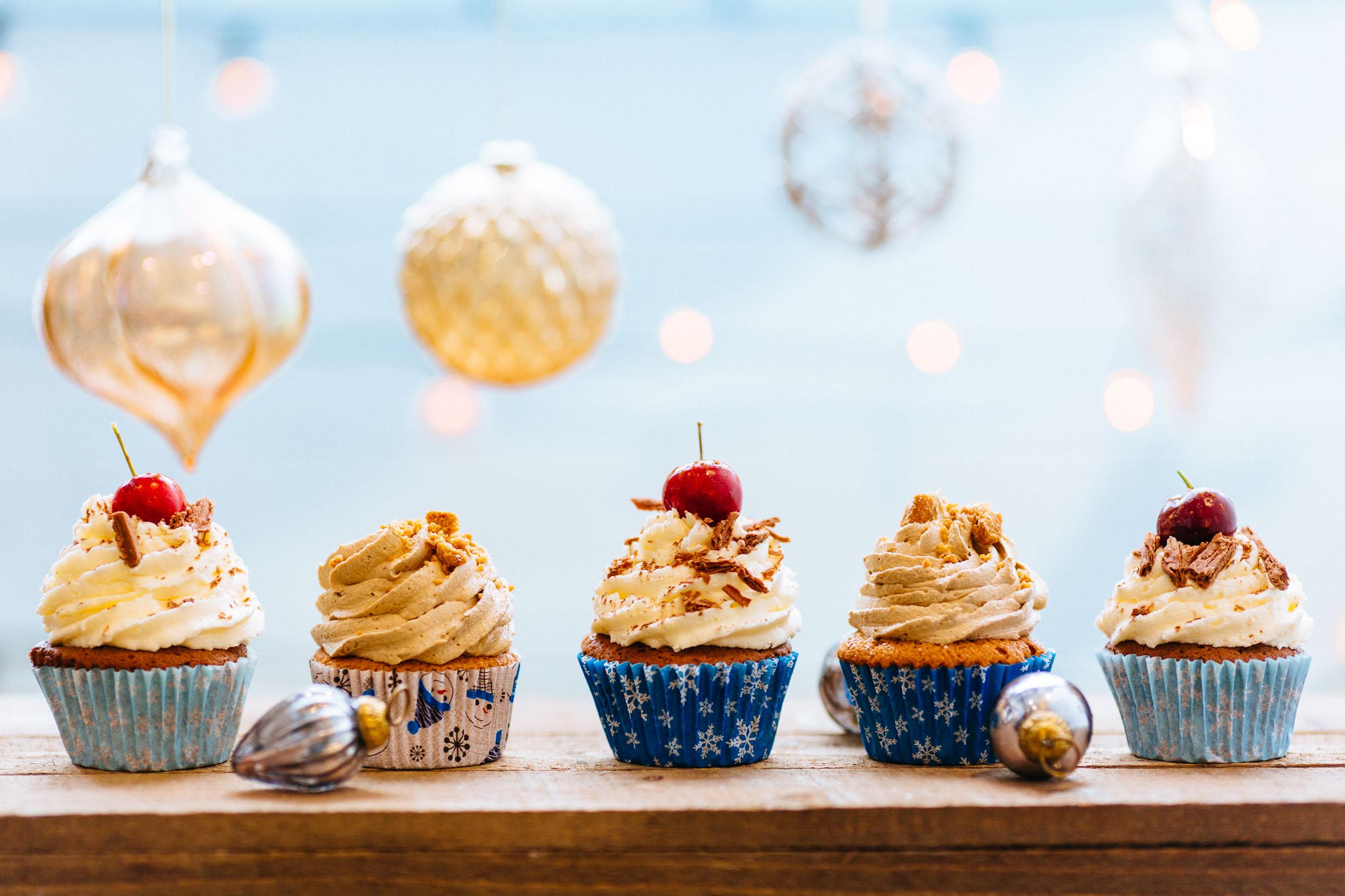 ChristmasCupcakes-003.jpg
